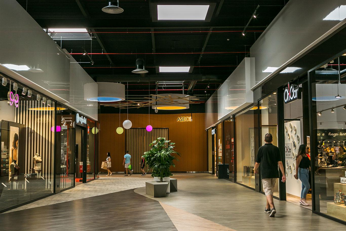 Tiza rural Favor  Información - Centro Comercial The Outlet Stores Alicante